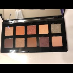 NYX Makeup - BRAND NEW • NYX Eyeshadow Palette